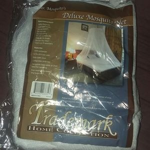 Other - Mosquito net 12 x 8 ft